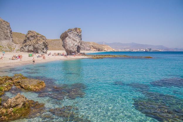 Resultado de imagen de playa de los muertos almeria
