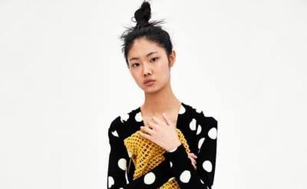8fb21b9af La falda viral para primavera que triunfa en Zara y H&M | Ideal