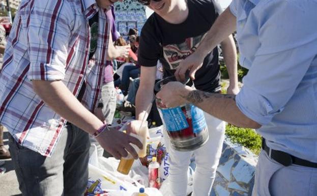 multa vender alcohol a menores de edad