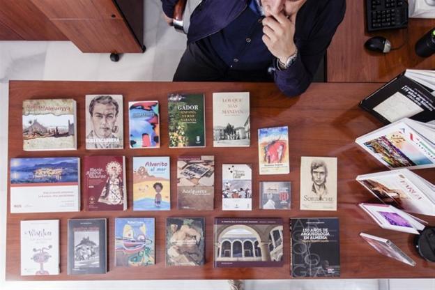 Algunas de las publicaciones del IEA./