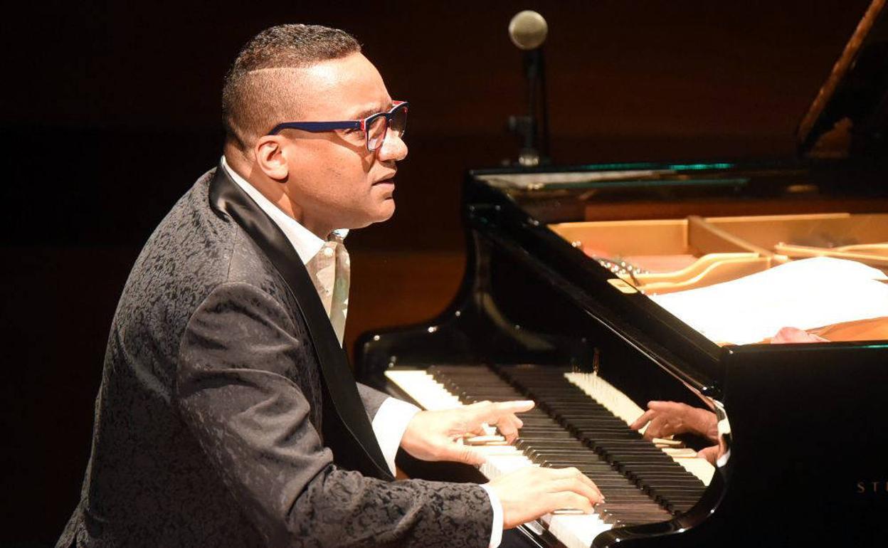 Gonzalo Rubalcaba - Pianista - Piano Jazz latino