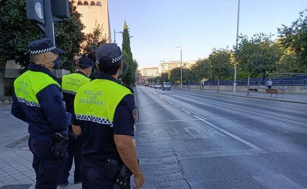 Detenido por sacar 5.700 euros de cajeros de Granada tras suplantar la identidad de los titulares