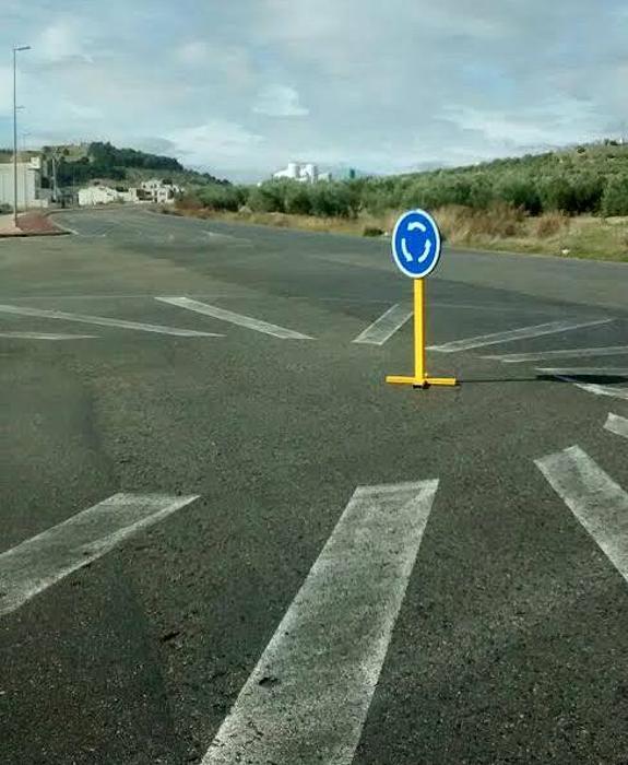 La rotonda más simple está en Las Fuentezuelas | Ideal